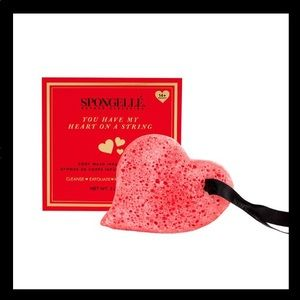 Spongelle Heart Multiuse Bath Sponge